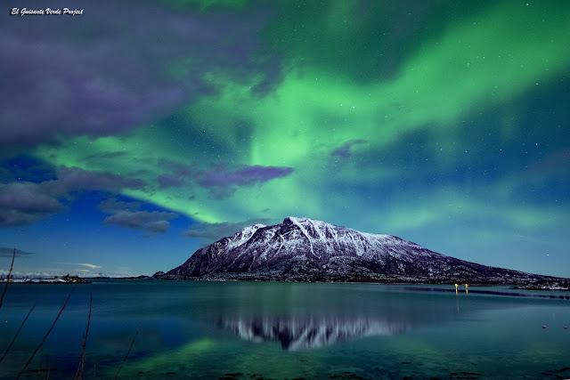 Engeloya, Noruega, Aurora Boreal por El Guisante Verde Project