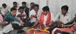 शरद पवार के स्वास्थ्य लाभ के लिए बोरिवली में हवन पूजा | #NayaSaberaNetwork