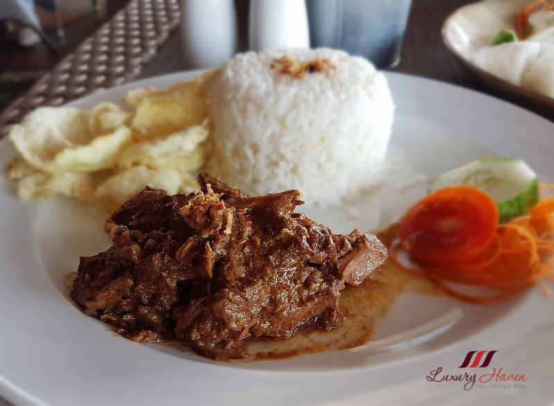 bintan lagoon resort haskell cafe review beef rendang