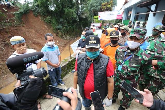 Antisipasi TPU Cikutra Longsor Lagi,  Pemkot Bandung Pindahkan Makam dan Bikin Tanggul Sementara