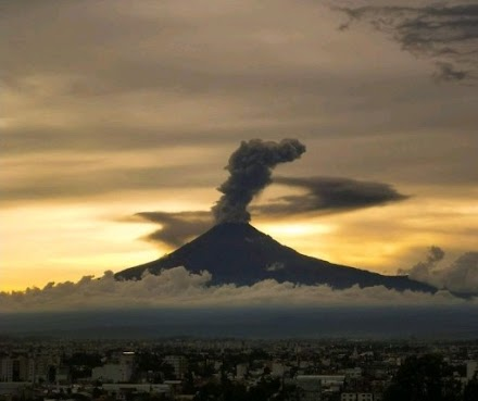 Σε ύψιστη επιφυλακή το Μεξικό : Έκρηξη του ηφαιστείου Ποποκατέπελτ