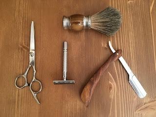 Peralatan pangakas rambut sederhana