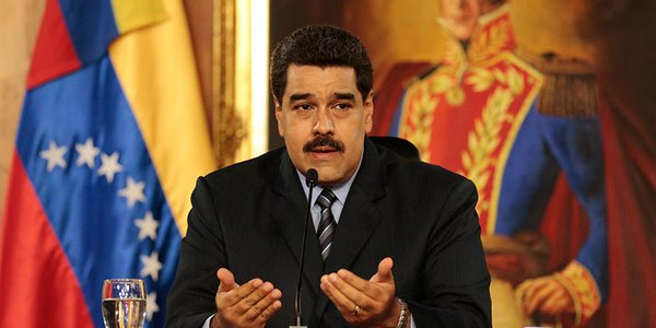 """Nicolás Maduro califica de """"basura corrupta"""" a Mariano Rajoy"""