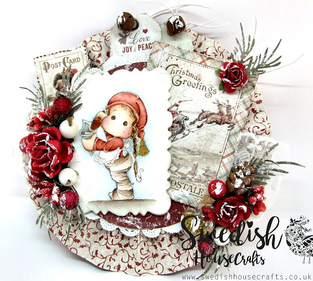 Christmas Greetings    By Vicky
