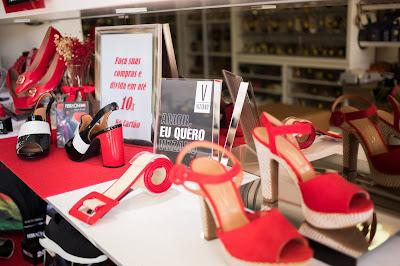 Fotografia de produtos da loja Curumins Silva Calçados, em Ponto Novo, Bahia, produzida pelo fotógrafo Romilson Almeida, do Guia Ponto Novo
