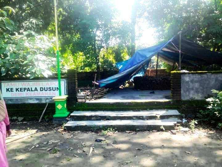 jombang city guide: Candi Medeleg : Situs Punden Medelek dan Kisah-Kisah  Mistis Yang Menyertainya