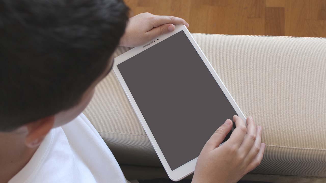 Tips untuk Mencegah Anak Kecanduan Bermain Gadget