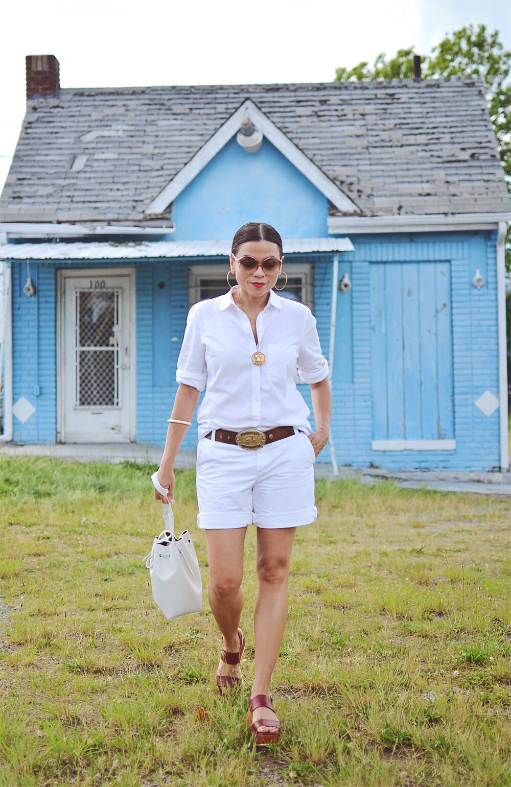 All white look street style
