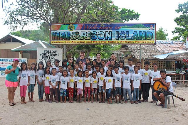 Children's choir of Mararison Island