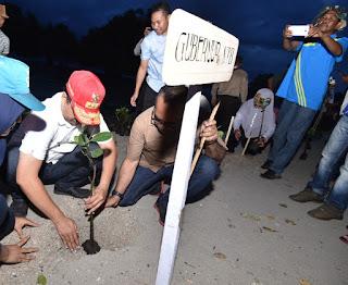 Tak Hanya Tanam Mangrove, Gubernur Ajak Warga Menanam Harapan