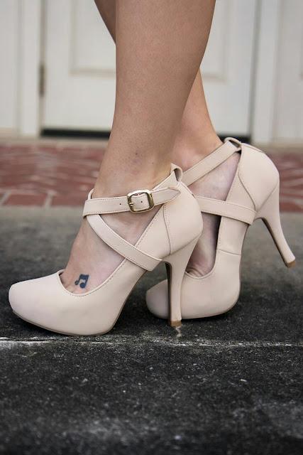 Stylo nude heels