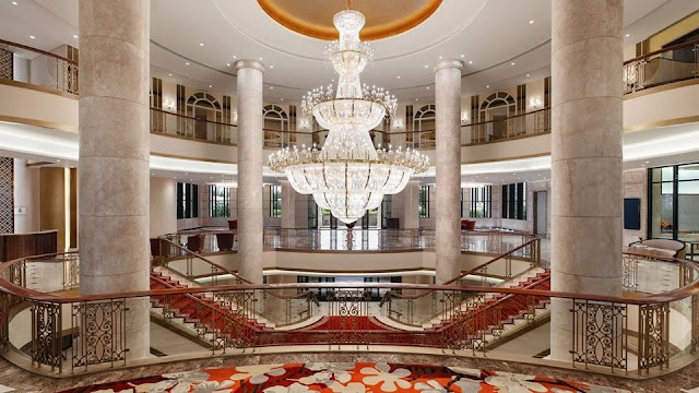A series of 5-star luxury hotels in Da Nang