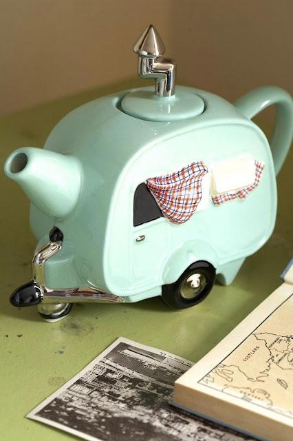 los 10 utiles de cocina más curiosos, utiles de cocina, raros, regalos frikis, freak kitchen utilities, utensilios super raros de cocina, 10 utensilios de cocina que no sabias que existian, regalos para cocineros, que regalar a un cocinero, 25 utiles de cocina que no sabias que existian