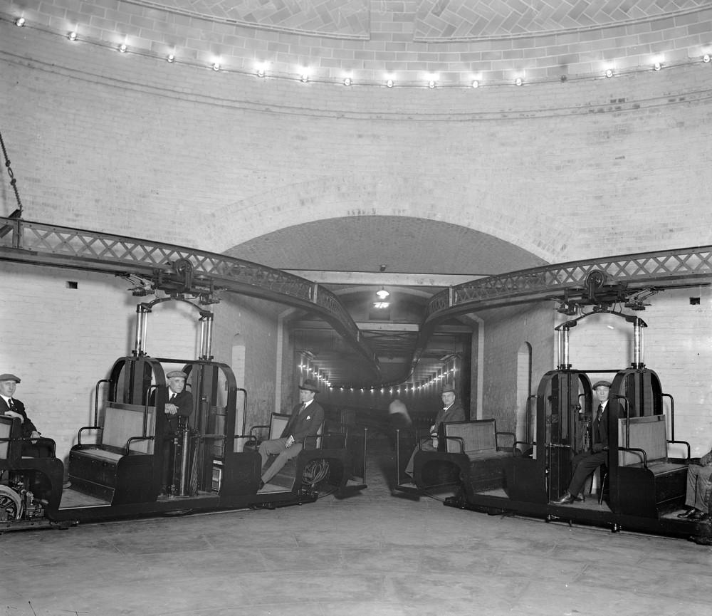 U.S. Senate Monorail: A Private Subway System for Senators ...