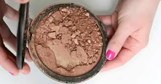 BAHAYA MEMAKAI KOSMETIK KEDALUWARSA Tips Mudah Cek Waktu Kedaluwarsa Makeup