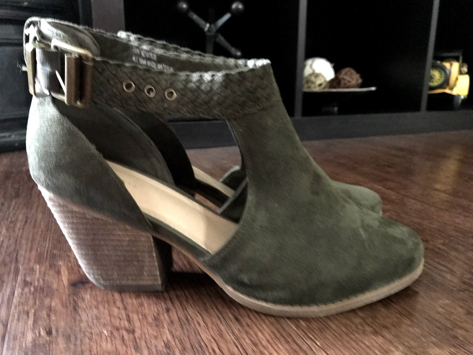 Image: Shoes from Catos: Woman sharing her obsessions for spring