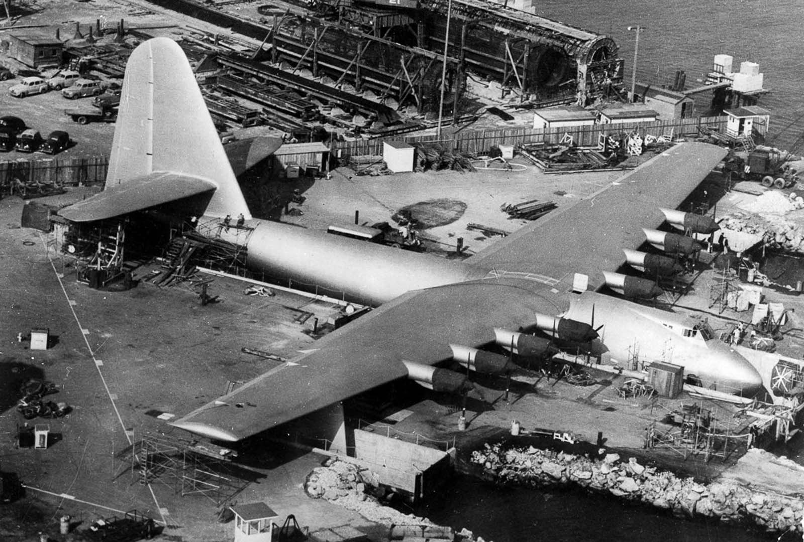 The plane was built by the Hughes Aircraft Company at Hughes Airport, location of present-day Playa Vista, Los Angeles, California, employing the plywood-and-resin