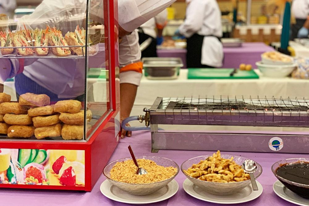 Bufet Ramadan 2020, Buffet Ramadhan 2020, Iftar Murah di Bangi, Hidangan Warisan, Rawlins Eats, Hotel Tenera,