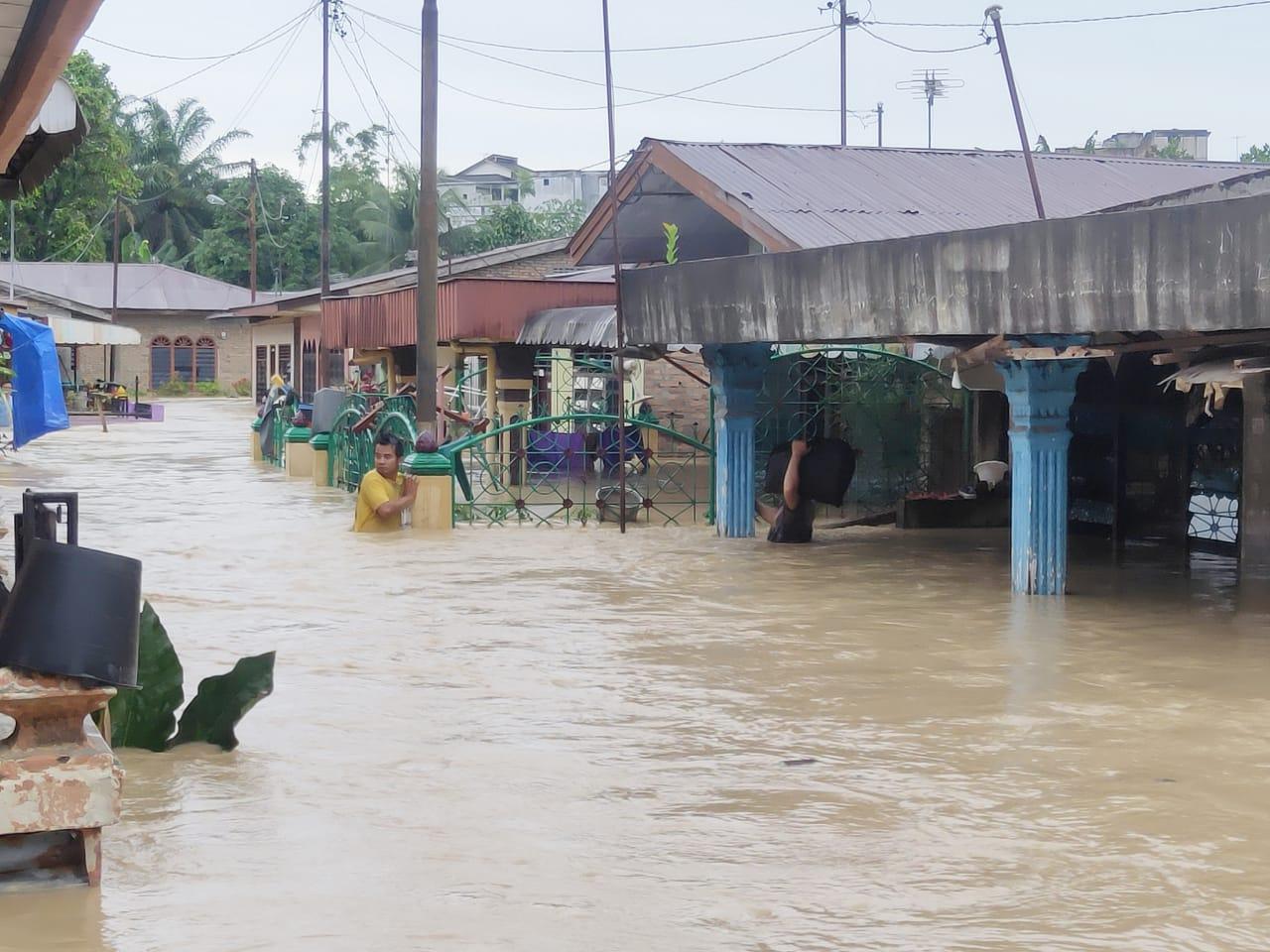 Lima Kecamatan di Kota Tebingtinggi Terendam Banjir Kiriman dari Sungai Padang Simalungun