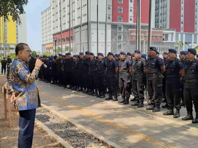 Richard Louhenapessy Beri Motivasi ke Pasukan Brimob Polda Maluku di Jakarta