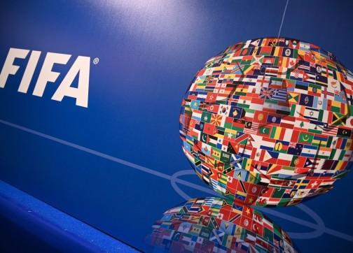 """بسبب """"كورونا"""".. الاتحاد الدولي لكرة القدم يقرر إلغاء مونديالي الناشئين والشباب"""
