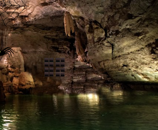 Mystery Bat Cave Escape