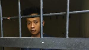 Anak yang Membunuh Ayahnya, Meninggal di Sel Tahanan