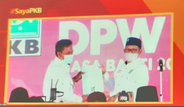 Gus Ami Serahkan SK Pengurus DPW PKB Jambi Periode 2021-2026