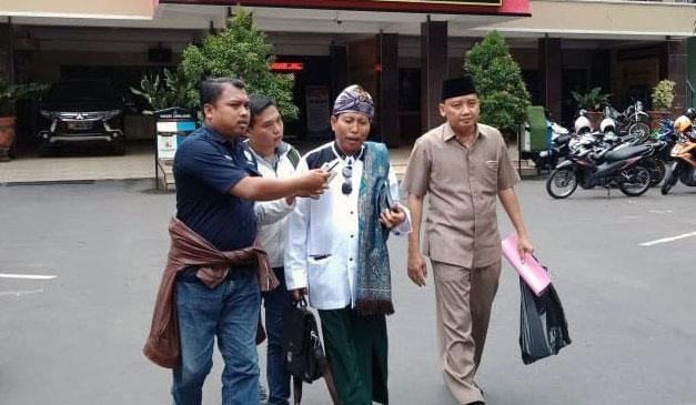 H. Siswanto seusai menjalani pemeriksaan di Polres