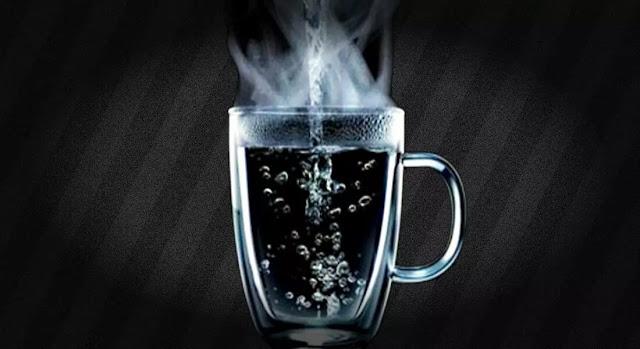 सुबह खाली पेट गर्म पानी के फायदे आइयें जानतें है -Health Tips