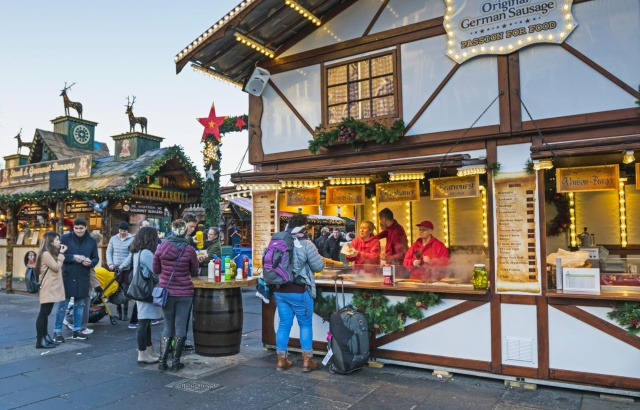 mercatini-di-natale-edimburgo-poracci-in-viaggio