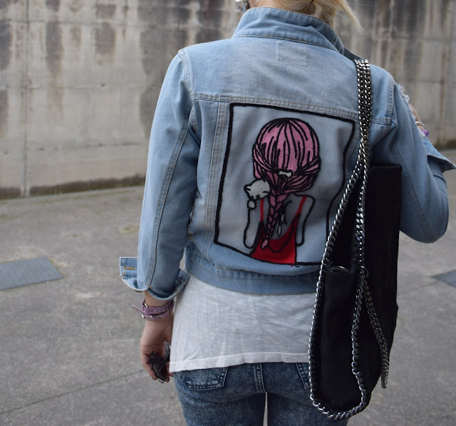 embroidered denim jacket how to wear denim jacket denim jacket outfit how to combine denim jacket denim jacket street style mariafelicia magno fashion blogger color block by felym fashion bloggers italy may outfit