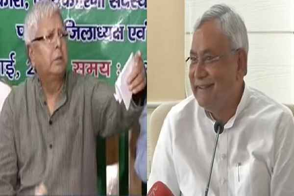 why-nitish-kumar-happy-when-lalu-yadav-in-big-problem