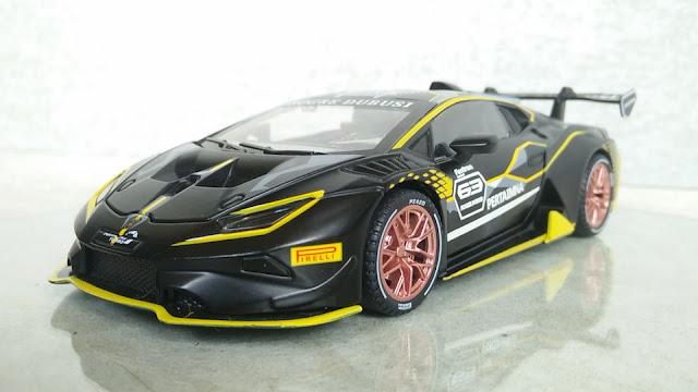 Lamborghini Huracan Super Trofeo EVO 1:32 Scale Chimei Diecast Car