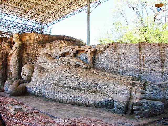 Gal Vihara - Polonnaruwa
