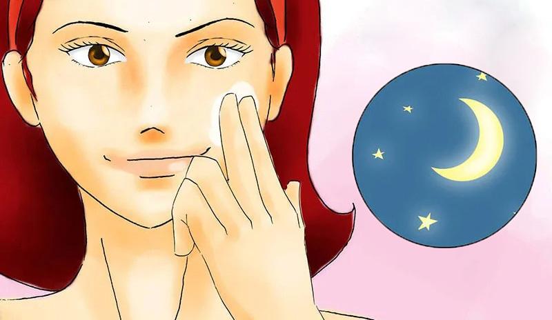 Nên sử dụng Retinol vào buổi tối trước khi đi ngủ