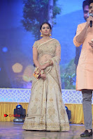 Actress Rakul Preet Singh Stills in Golden Embroidery saree at Rarandoi Veduka Chuddam Audio Launch .COM 0005.jpg