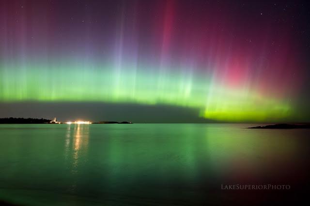 Một cảnh cực quang trong video timelapse diễn ra tại hồ Superior, bang Michigan. Hình ảnh: Shawn Malone/Lake Superior Photo.