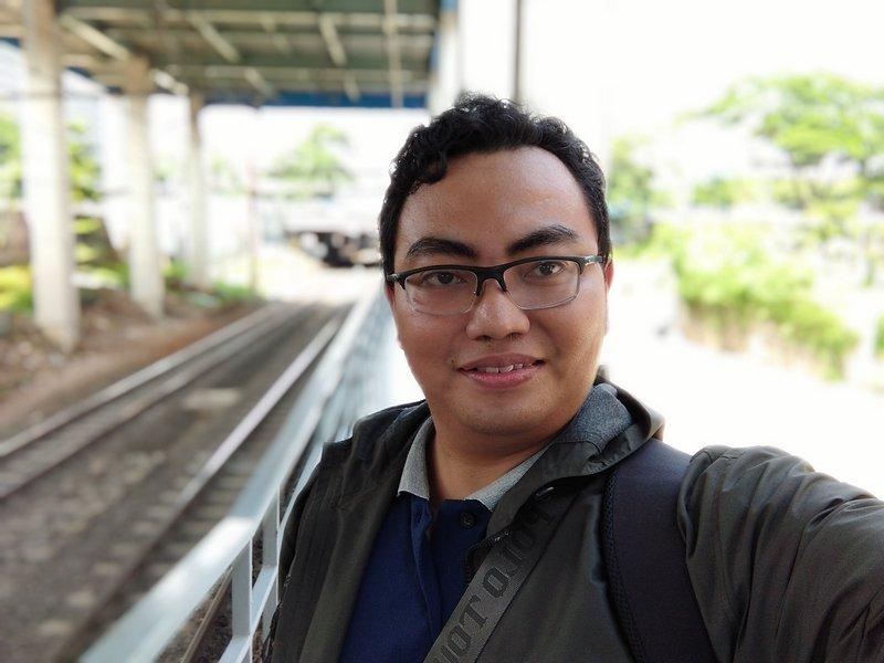 Hasil Foto Kamera Depan Xiaomi Redmi 8