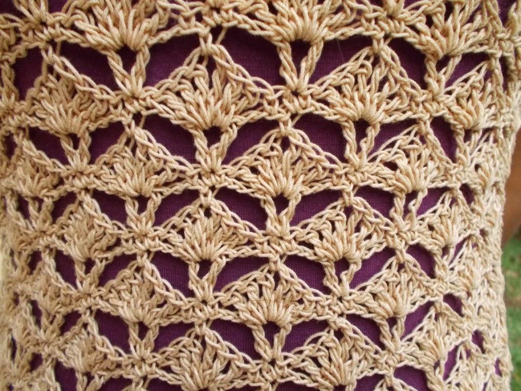 free crochet pattern, free crochet top pattern, free crochet shelled top pattern, free crochet ladies top pattern, free crochet easy top pattern, Red rose knitting cotton, Anchor knitting cotton,