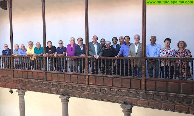 El Cabildo de La Palma homenajea a sus trabajadores recientemente jubilados