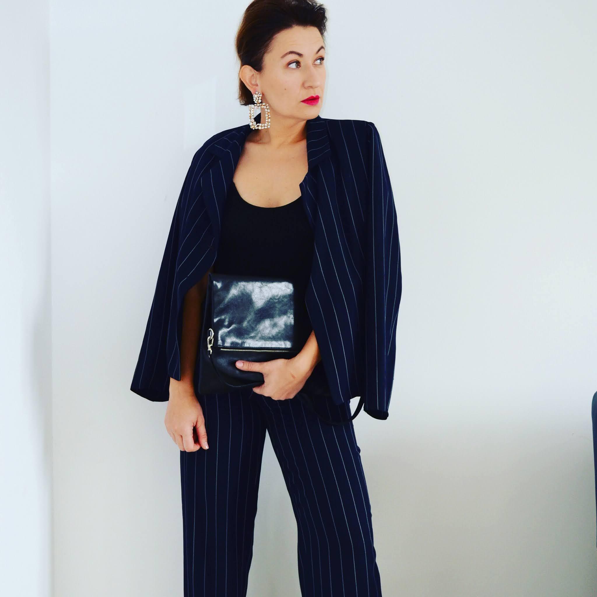 www.adriana-style.com,moda;fashion;vintage suit;ladies vintage suit,tallinder bag;esmara bag;suede,leather,@adrianastyle_stylist,damski komplet vintage;damski garnitur;