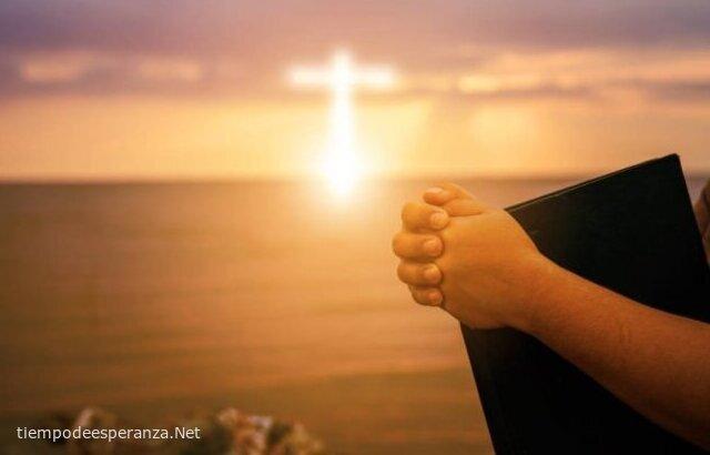 Vida Cristiana: Oración y leer la Biblia