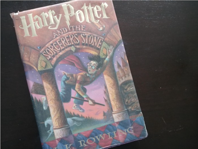 Harry Potter and the Sorcerer's/Philosopher's Stone