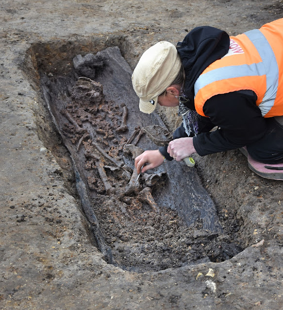 Discovery of rare Anglo-Saxon burials is revealed