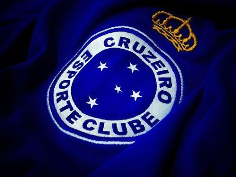 7ee7473b1e ... do Cruzeiro Esporte Clube e absolveu-o da condenação ao pagamento de  indenização por danos materiais ao ex-jogador de futebol Diogo Mucuri