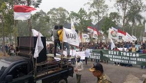 Forum Keluarga Besar Petani Tebo Demo di Kantor Bupati dan DPRD