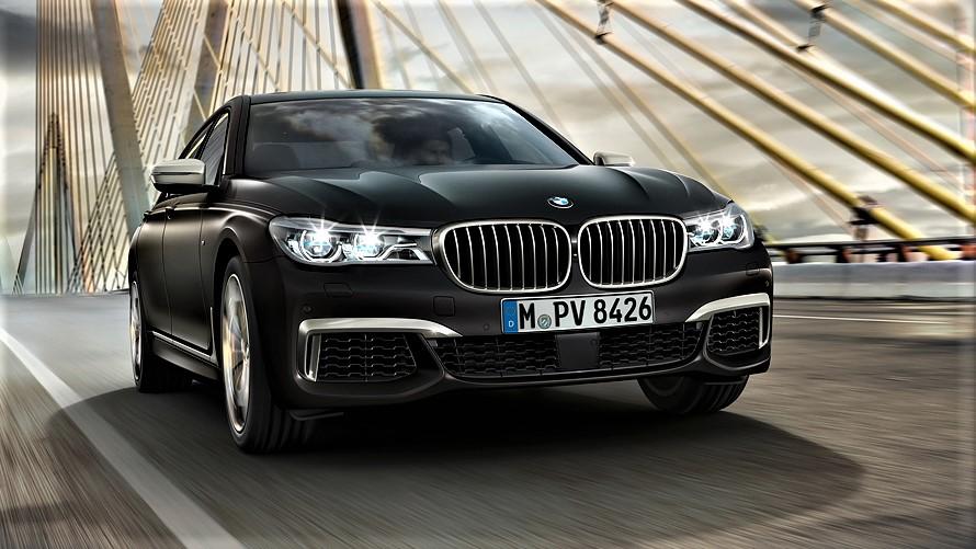 فيديو يكشف الإمكانات الهائلة لسيارة BMW 7 series
