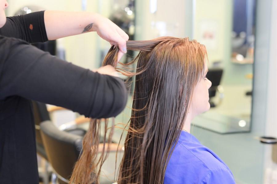 Ellie-Frew-Blow-Drying-Hair