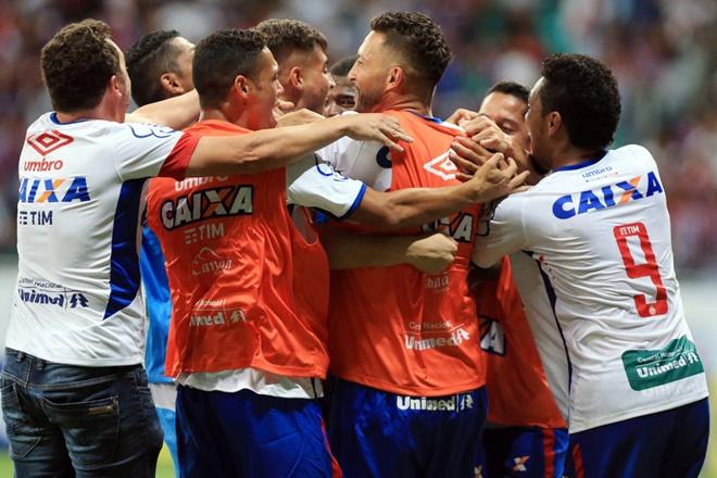 Bahia perde para o Atlético-GO, mas garante acesso à Série A
